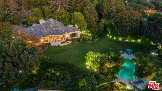 9901 COPLEY Drive, Beverly Hills, CA 90210