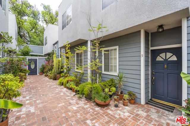 10800 Peach Grove St, North Hollywood, CA 91601 Photo