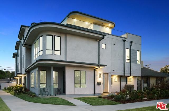 2. 3277 S Barrington Avenue Los Angeles, CA 90066