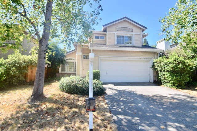 8533 Shadetree Drive, Windsor, CA 95492