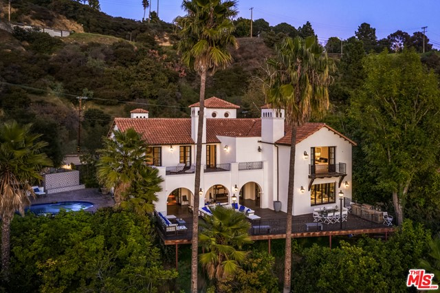 2819 Coldwater Canyon Dr, Beverly Hills, CA 90210 Photo