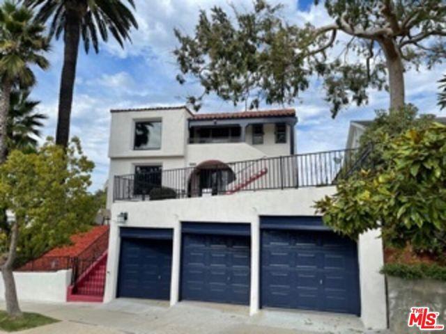 10549 Northvale Road, Los Angeles CA: https://media.crmls.org/mediaz/12FDAB00-804F-4EC5-82B2-1AE2482795BB.jpg