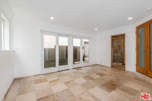 209 42ND Street, Manhattan Beach, California 90266, 3 Bedrooms Bedrooms, ,3 BathroomsBathrooms,For Sale,42ND,20581222