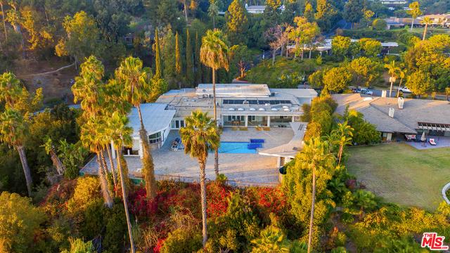 430 ROBERT Lane, Beverly Hills, CA 90210
