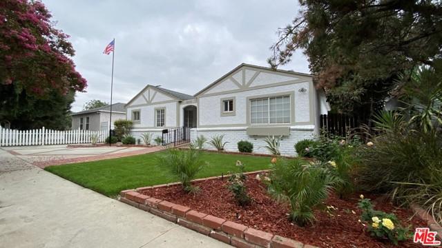 Photo of 18841 Martha Street, Tarzana, CA 91356