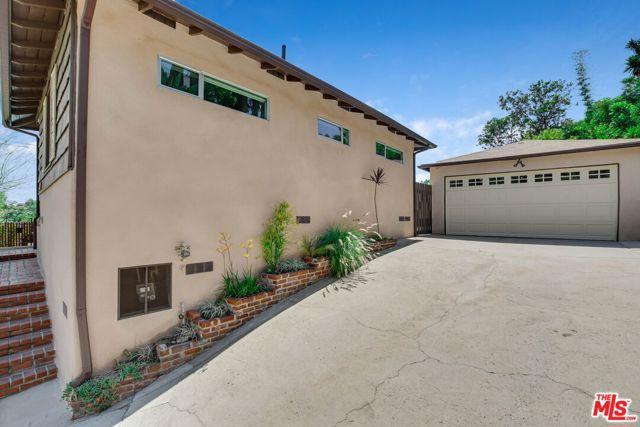 5. 4317 Zaca Place Los Angeles, CA 90065