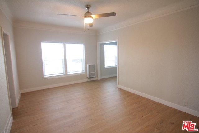 407 S GRAMERCY Place 205, Los Angeles, CA 90020
