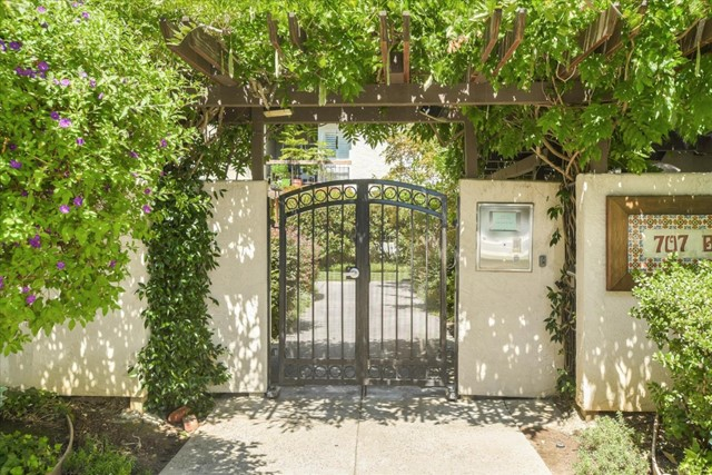 707 Bryant Street 201, Palo Alto, CA 94301