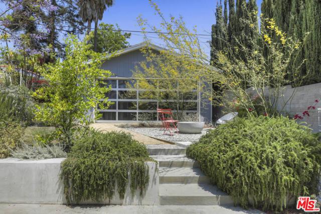 4209 Clayton Avenue Los Angeles, CA 90027