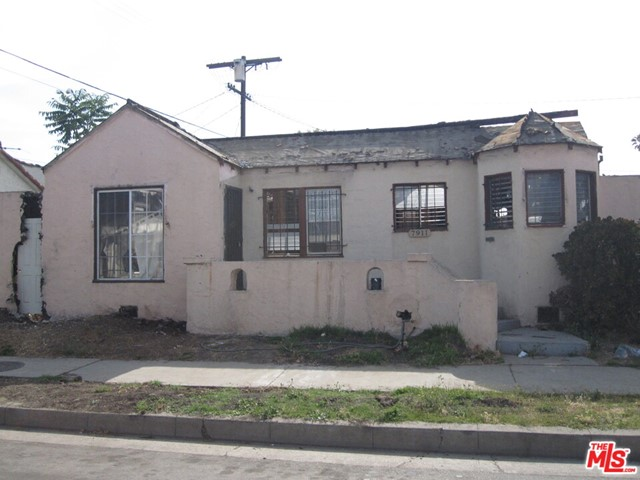 7911 S DENKER Avenue, Los Angeles, CA 90047