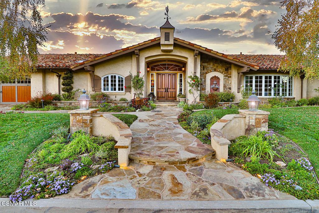 Photo of 3425 Ridgeford Drive, Westlake Village, CA 91361