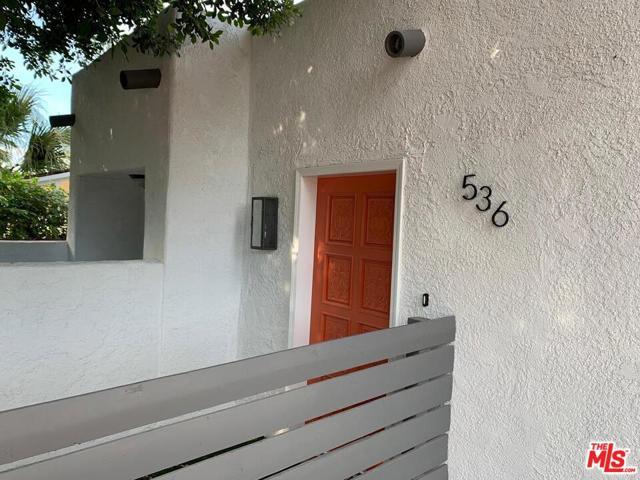536 S Calle Palo Fierro, Palm Springs, CA 92264