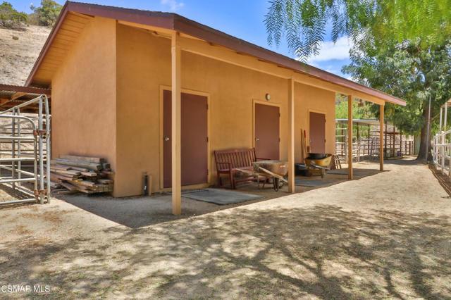 48. 202 Sundown Road Thousand Oaks, CA 91361