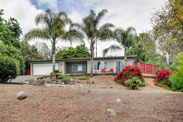 1568 Robyn Road, Escondido, CA 92025