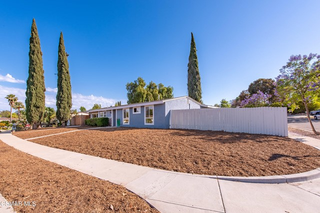 5. 1431 Whitecliff Road Thousand Oaks, CA 91360