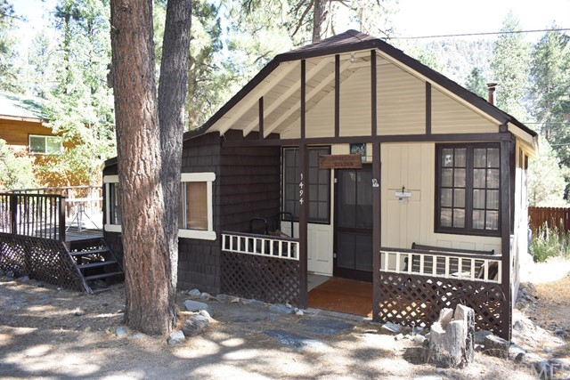 1494 Laura Street, Wrightwood, CA 92397