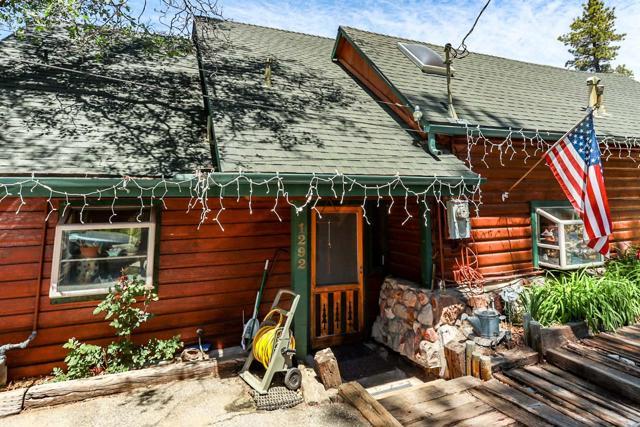 1292 Piney Ridge Place, Fawnskin, CA 92333