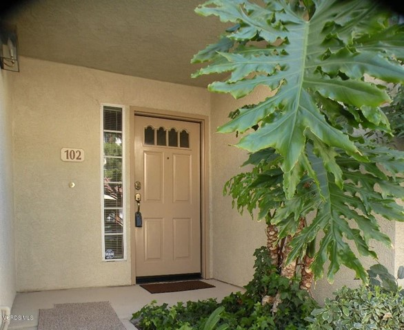 Photo of 684 Sutton Crest Trail #102, Oak Park, CA 91377