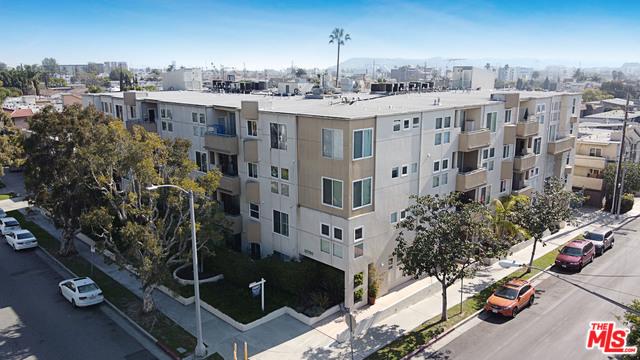 10790 ROSE Avenue 101, Los Angeles, CA 90034