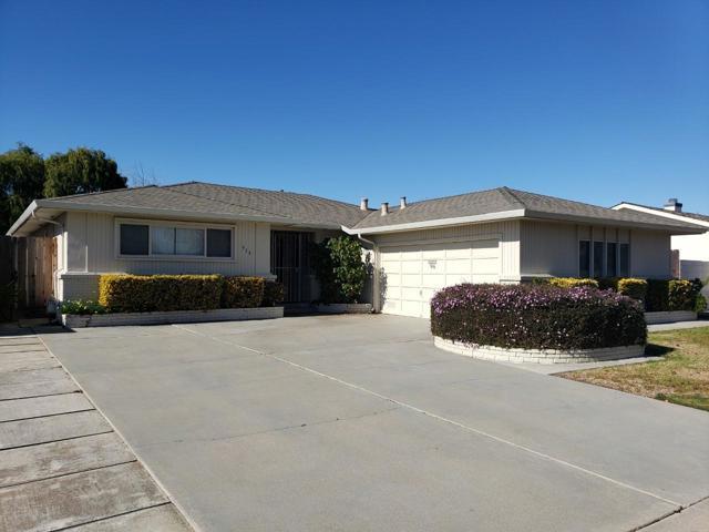 916 San Vincente Avenue, Salinas, CA 93901