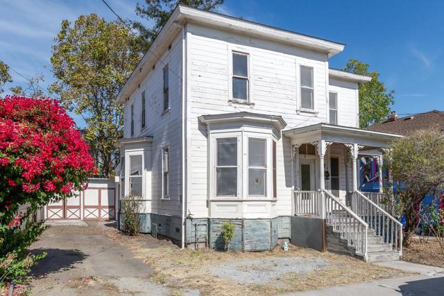 440 Locust Street, Santa Cruz, CA 95060