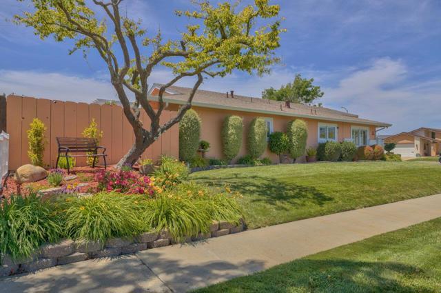 16. 419 Shelley Way Salinas, CA 93901