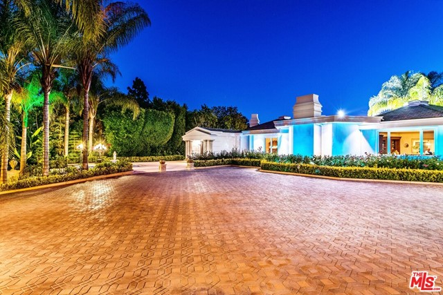 2 acre view compound contiguous to 18 acre Greystone & 6 acre Katzenberg estate, just sold for $125,000,000. 1 block away a 1 acre home sold for $72,500,000 & down the street a 87 yr old home sold for $45,000,000.Rare opportunity to build dream home with up to 30,000sf of living space in one of the most exclusive neighborhoods in Trousdale Estates. Monumental Villa 11,000sf of offering supreme privacy & the ultimate living experience. Immaculate European grounds complete w/ lush greenery, manicured gardens, limestone style pool/spa, expansive entertaining space, beautiful fountains, & pool house. Exquisitely appointed Main House w/ panoramic views of, soaring ceilings throughout, professionally equipped kitchen, living & dining room, sauna, office & wine cellar. Details also include 17ft high ceilings in some rooms, & 16.5-18 ft roof pitches, unheard of in Trousdale. Guest house w/ additional 3 bedrooms, 2 bathrooms, full kitchen & a dining room. Sqft & renderings are not guaranteed.