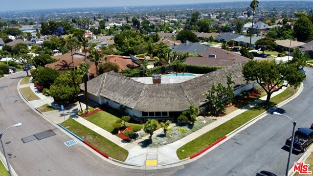 4130 MONTEITH Drive, View Park, CA 90043