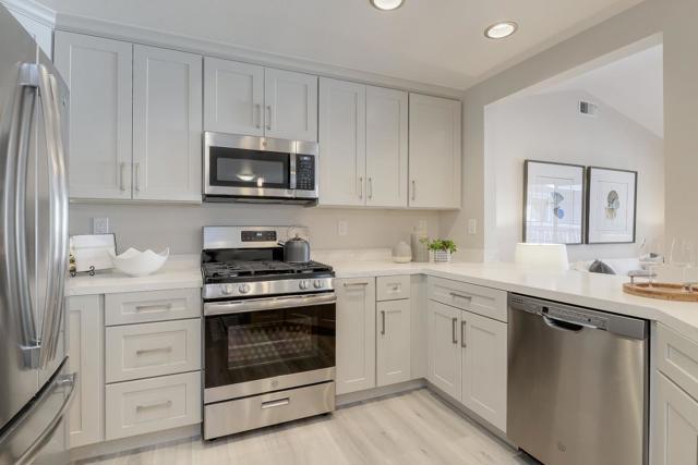 615 Arcadia Terrace 304, Sunnyvale, CA 94085
