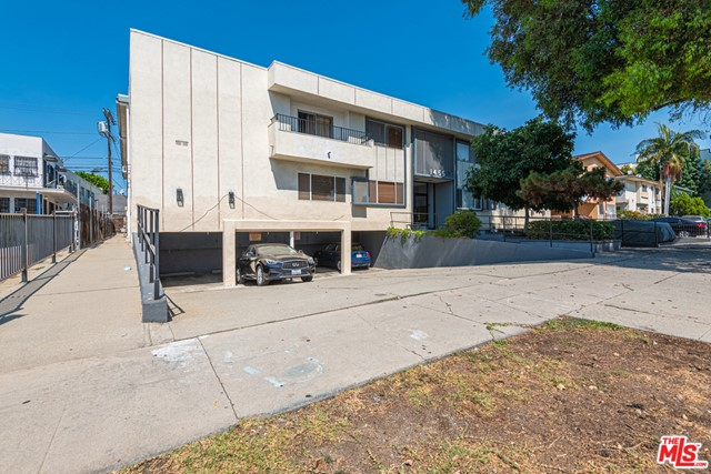 1455 S Wooster St is a 16-unit apartment building located in Pico-Robertson, one of the strongest rental sub-markets in Los Angeles. The property has been owned and operated by current ownership for over 20 years providing buyers with an opportunity to increase rental income by renovating the interior units and exterior facade. The unit mix consists of two (2) singles, eleven (11) one bedrooms, one (1) two-bedroom, and two (2) two-bedroom town-home apartments, both of which include a den. All of the units are very spacious providing tenants with plenty of room. On-site amenities include a gated entry, an open courtyard, a laundry facility, and a total of 24 parking spaces, 8 singles, and 8 tandem.