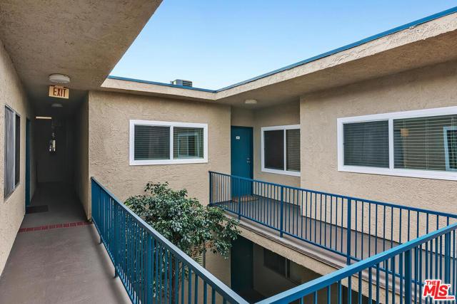 14560 Clark Street 211, Sherman Oaks, CA 91411