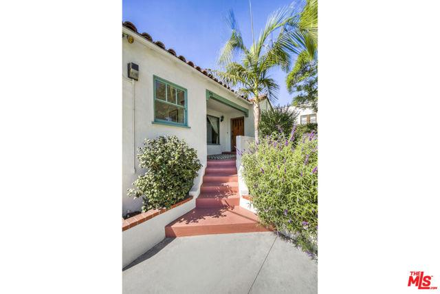 941 N Avenue 49, Los Angeles CA: https://media.crmls.org/mediaz/17D092A6-1B84-4C81-A155-8A991B740303.jpg