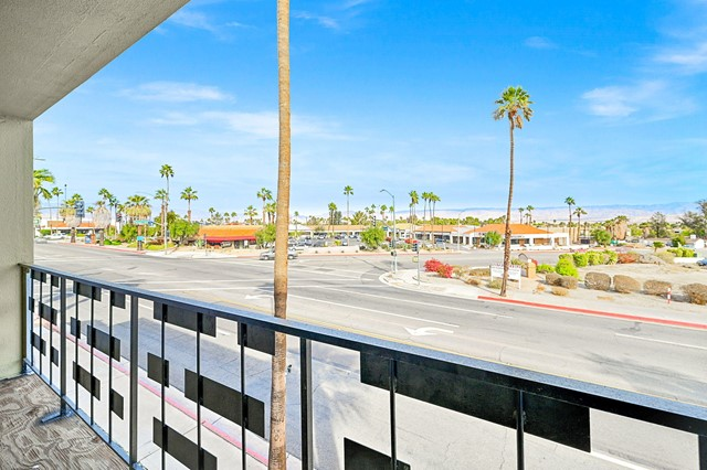 Image 11 of 2481 N Palm Canyon Dr, Palm Springs, CA 92262