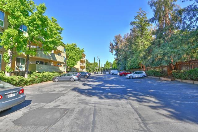 19. 1033 Crestview Drive #210 Mountain View, CA 94040