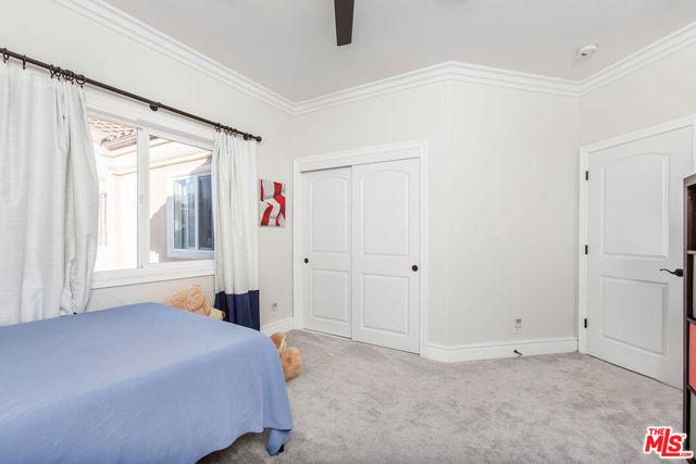 2021 Warfield Avenue A, Redondo Beach, California 90278, 4 Bedrooms Bedrooms, ,2 BathroomsBathrooms,For Sale,Warfield,20660632