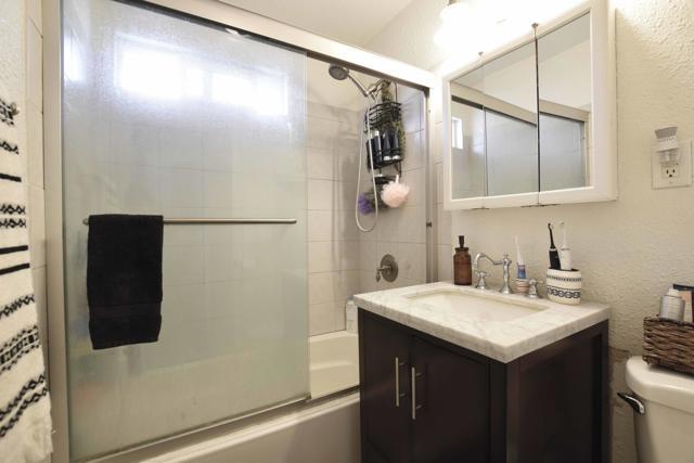 Bathroom_1231 Los Serenos