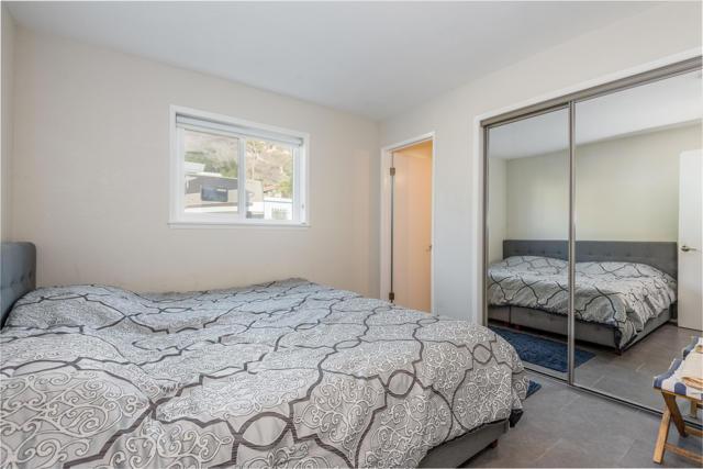 014_14-Bedroom 3