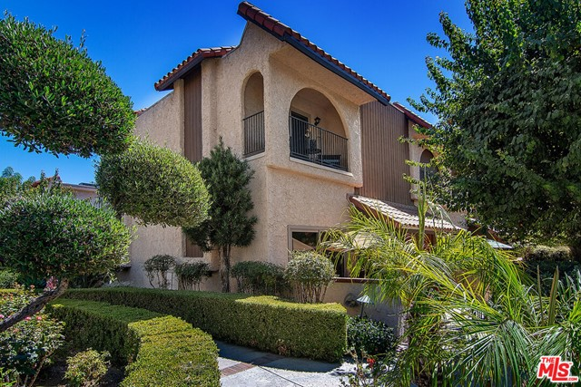 1711 Grismer Avenue 20, Burbank, CA 91504