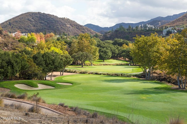 One of the most beautiful building sites in all of Sherwood! This one of a kind property is elevated above the prestigious Jack Nicholas designed PGA golf course and is located at the end of a very private cul-de-sac amongst multi-million dollar homes. This spectacular setting overlooks the 7th and 4th Fairways, surrounded by beautiful mountain and canyon vistas, on over 2.18 acres. Build your dream estate behind the exclusive guard gates of Sherwood Country Club.