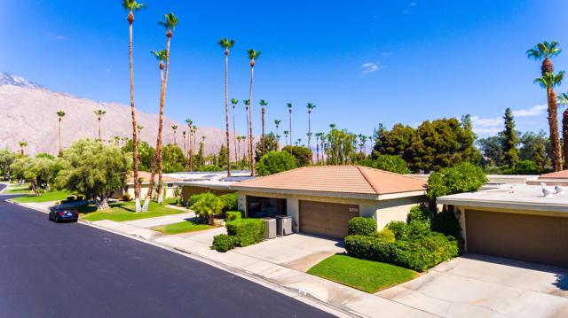 7. 2376 Oakcrest Drive Palm Springs, CA 92264