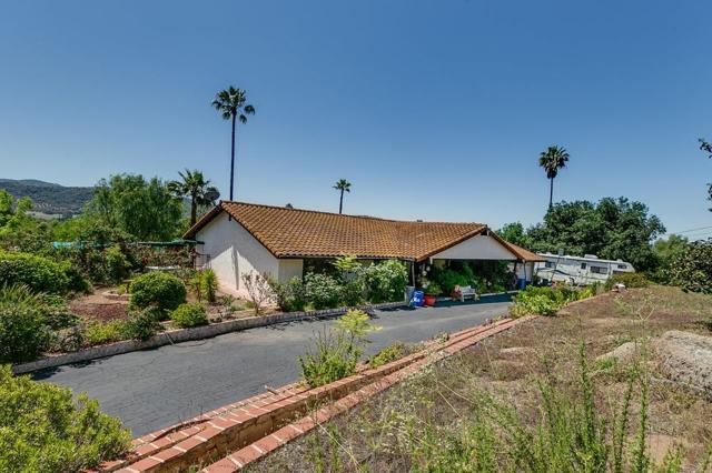 14705 Vesper Rd., Valley Center, CA 92082