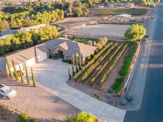 15232 Molly Anne Ct, Valley Center, CA 92082