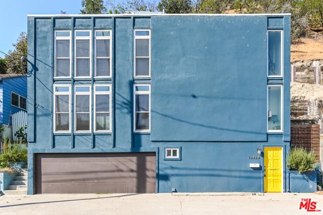 12424 Laurel Terrace Drive, Studio City, CA 91604