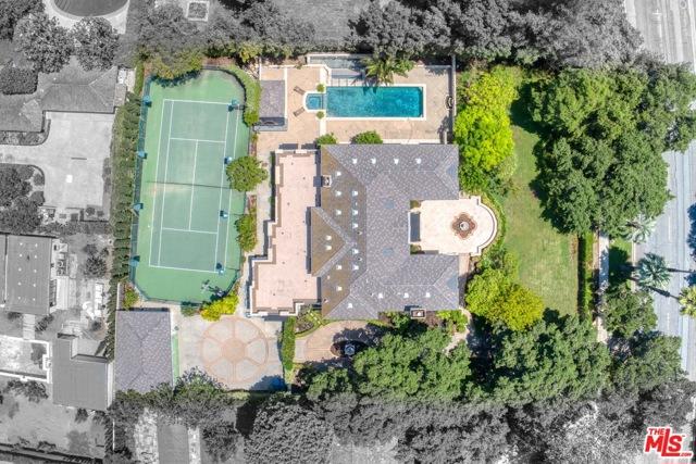 1725 ORLANDO Road Pasadena, CA 91106
