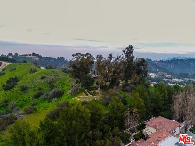 2601 SUMMITRIDGE Drive, Beverly Hills, CA 90210