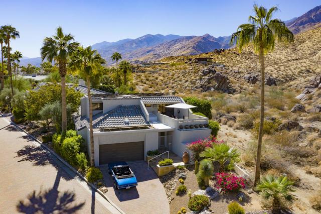 2541 W La Condesa Dr, Palm Springs, CA 92264