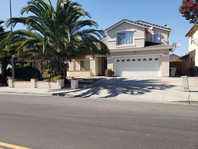 1529 Mesquite Drive, Salinas, CA 93905