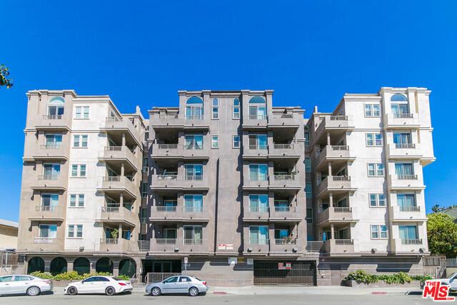 848 IROLO Street 408, Los Angeles, CA 90005