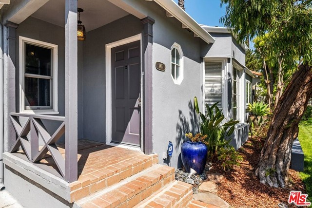 3. 745 N Poinsettia Place Los Angeles, CA 90046