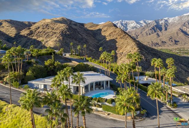 2432 Southridge Drive, Palm Springs, CA 92264